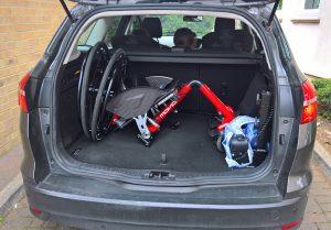 Genny Mono R in car boot