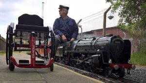 Genny Mono R and a train